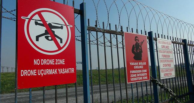 no drone zone dron uçurmak yasaktır levhası